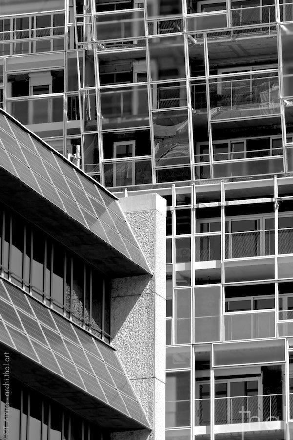 Détail de la façade de l'immeuble Ycone à Lyon Confluence