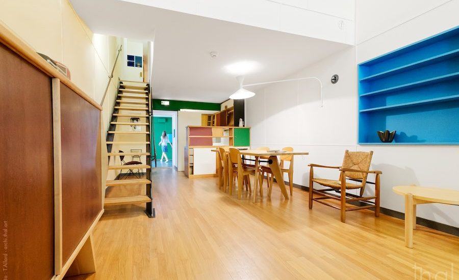 Salon - salle à manger - cuisine appartement type E2 Le Corbusier